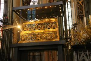 "Golden coffin of the ""3 Holy Kings"" in Cologne Cathedral"